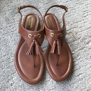 Like NEW sandals